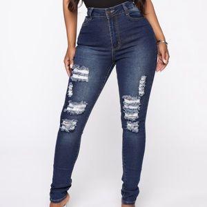 Ripped dark wash skinny jeans